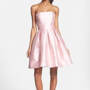 ML Monique Lhuillier Pink Strapless Pleated Dress